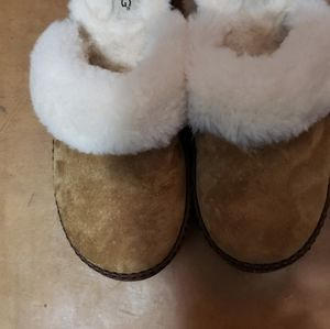 UGG Women's House Shoes
